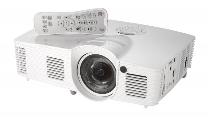 Optoma HD142X vs GT1080 - tvandprojectors com